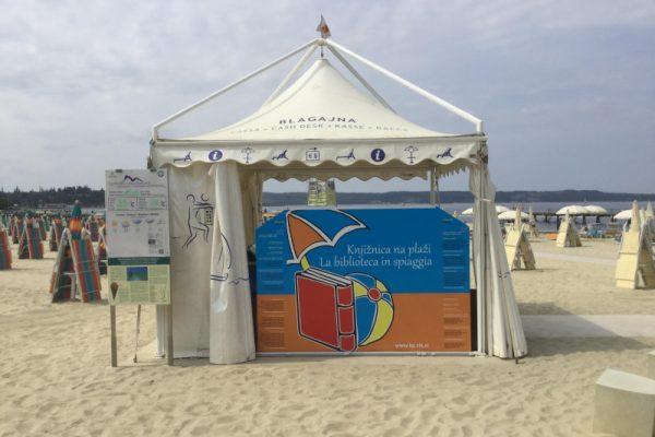 Knjižnica na plaži odpira vrata
