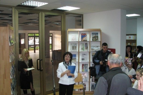 Odprtje knjižnice v Luciji, 23. 4. 2009