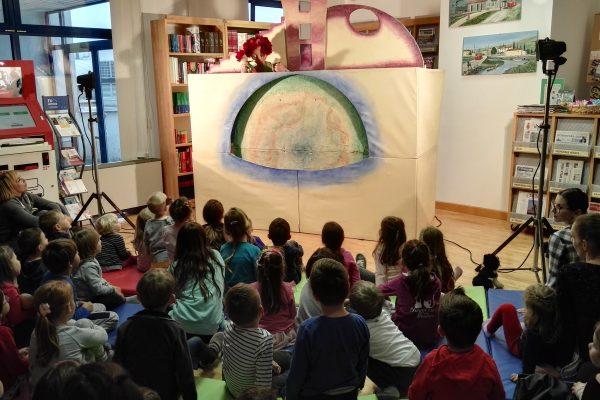 (Prvih) deset knjižnice v Luciji